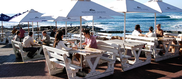 Mossel Bay : 162 00 years of good food