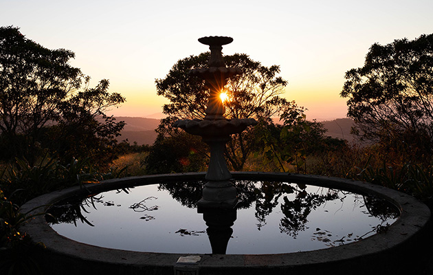KINGS WALDEN, GARDEN MANOR, Luxury, Tranquil, Romantic, Country Guest House, Bed & Breakfast, Accommodation in Agatha, Tzaneen, Limpopo
